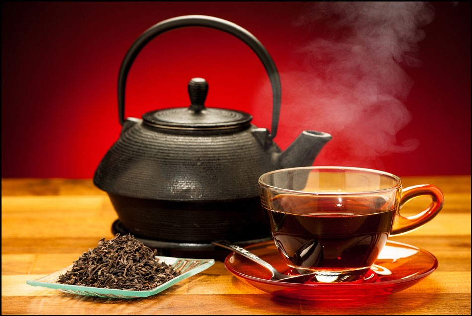 شیوه صحیح دم کردن چای ایرانی